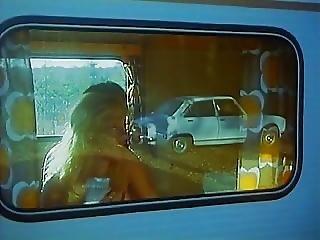 Brigitte Lahaie In Scene 2 Auto-stoppeuses En Chaleur 1978