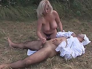 unglaublich, anal, knallen, grosser schwanz, gross titte, blondine, vollbusig, Reife, milf, im freien, reiten, strap-on, jung