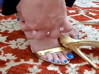 Gorgeous Feet Play Love For Her Blue Toes