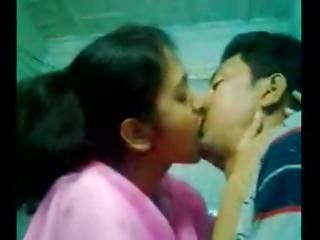 Indian Couple Getting Ready To Fuck Like Rabbits - Pornjamcom