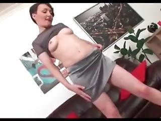 Sexy Elena Does Anal