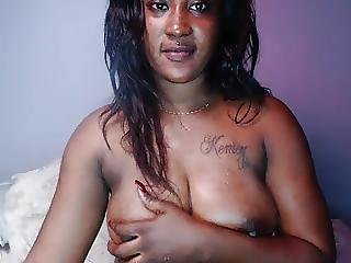 Sexy Jamaican Babe Shows Tits And Hard Nipples