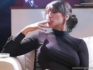 Was Tranny smokes cigarette and eats cum agree