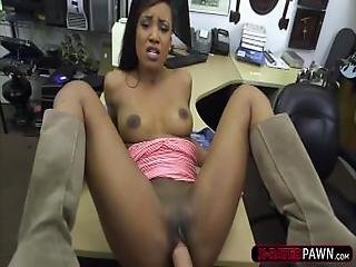 Gorgeous Ebony Woman Wants To Buy Golfclubs And Ends Up Fucked
