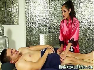 Sexy Latina Masseuse Jizz