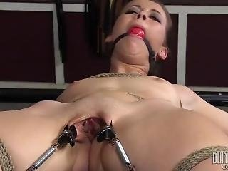 bdsm, bondage, kerker, fetish, porno ster, slet, kleine tieten, Tiener