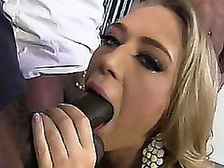 black, blonde, pipe, poitrine généreuse, bite, interracial, oral, suce