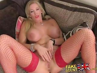Big Tits Milf Fucked In Casting