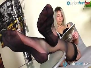 Fully Fashioned Rht Stockings Feet And Shiny Black High Heels