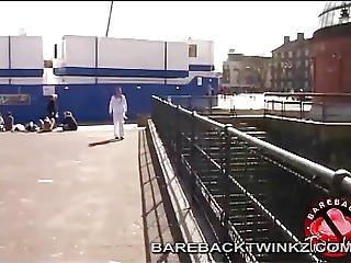 Twink Bareback Hook-up