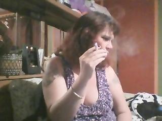 Sexy Mommy Smoking 120s