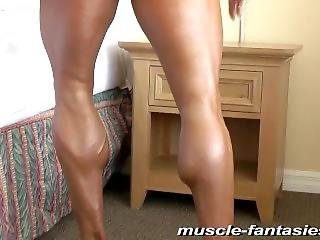 Hispanic Muscled Woman