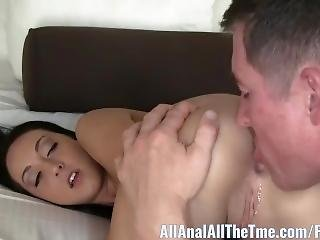 Tan Babe Sabrina Banks Gets Ass Spread And Licked For Aat!