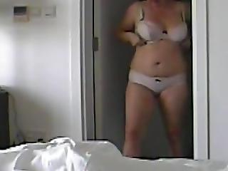 Spycam Mom Dressing