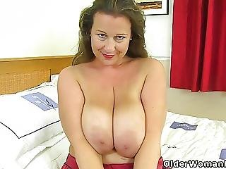 Busty And British Milf Eva Jayne Stuffs Her Fuckable Cunt