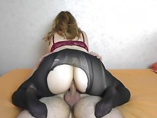 Teen Big Ass In Pantyhose Twerking On Cock