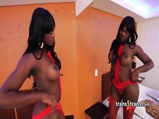 szexuális fekete transzvesztiták