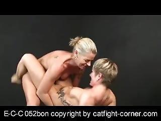 fetiche, lesbianas, lucha