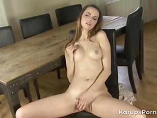teini alaston pix