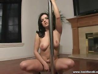 Sexy Chick Hot Pole Dance