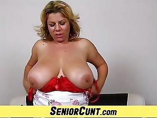 Mature Twat Close Ups Of Hot Wife Silvy Vee
