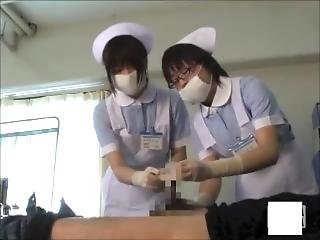 Treatment Of Nurses With Latex Gloves