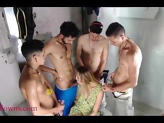 Slut Sucking Four Big Cocks
