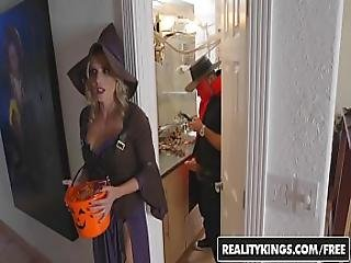 Realitykings - Moms Bang Teens - Halloweeny