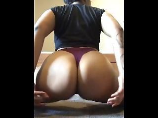 Big Ass Twerking