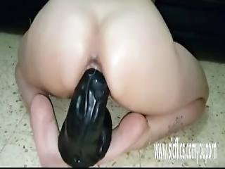 Colossal Dildo Fucking Amateur Milf Sarah