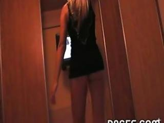 Stripping Amateur From Prague