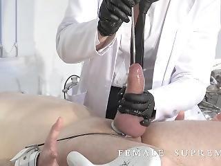 Medical Fetish Frau Doktor