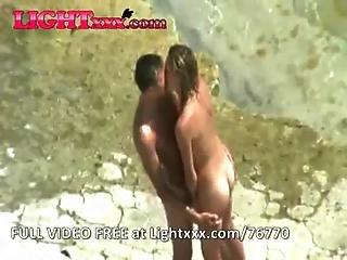 Real Amateur Couple Rec Fucks On The Sunny Beach Voyeur