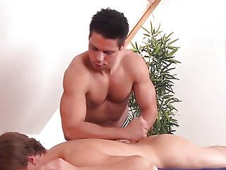 Massaged Twink Rubbing Swords With Masseur