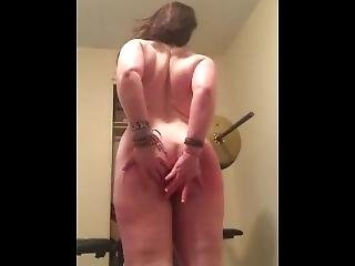 Big Botty Thick White Slut Fucks Herslef And Dances In Striptease Amateur