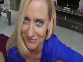 My Hot Stepmom Let Me Cum In Her Pussy