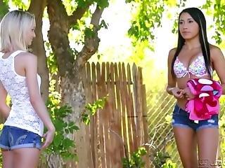 Sammie Daniels And Marina Angel Cute Lesbians