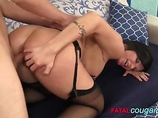 Housewife Hungry For Cock