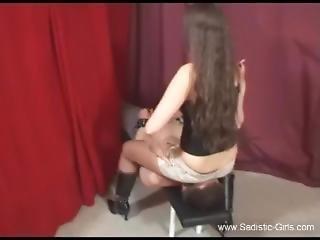 brunette, s'asseoir sur la tête, fétiche