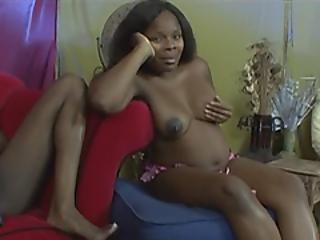 любитель, младенец, большая синица, черный, брюнетка, грудастая, фаллоимитатор, черное дерево, лесбиянка, мамаша, беременная