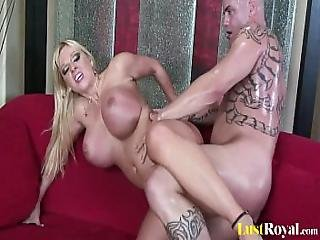 Only The Busty Harmony Bliss Can Do This