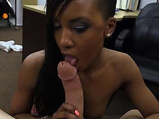 Sexy Chick Got Fucked For The Golf Clubs