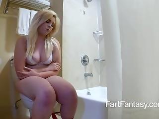 Girl Farting In Toilet
