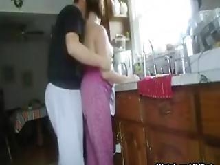 szex a konyhában videók