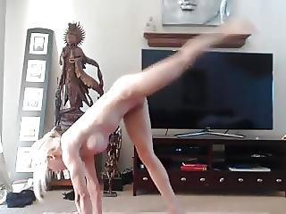 Bambola, Bionda, Masturbazione, Sport, Provocatoria