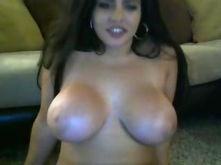Hot Buxom Girl 2