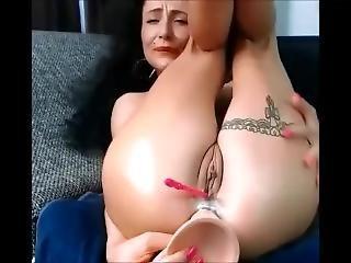 04 Nov 2017 - I Reach Orgasm With A Massive Anal Dildo
