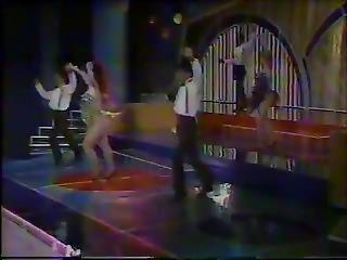 ?� Iris Chac�n-latin Disco