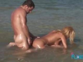 Barbie Banks threesome in sea