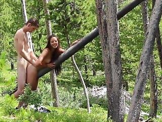Amateur Asian Babe Fucked In A Forest On A Tree!!